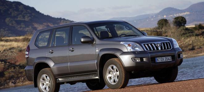 Как самостоятельно поменять масло в АКПП Toyota Prado 120?
